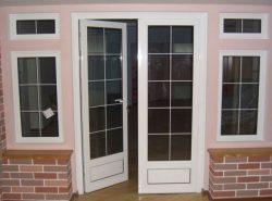 gotovaja dver plastikovaja vhodnaja 250x185 - Готовая дверь пластиковая входная
